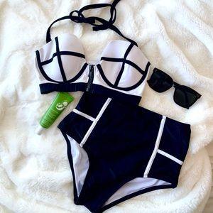B&W High-waisted Bikini
